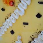 Torta cremosa all'arancia e mousse di cioccolato fondente