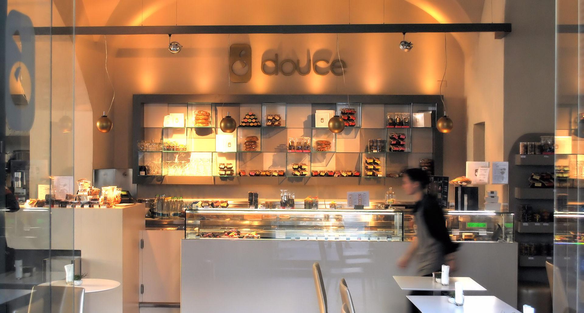 Douce Pâtisserie Café