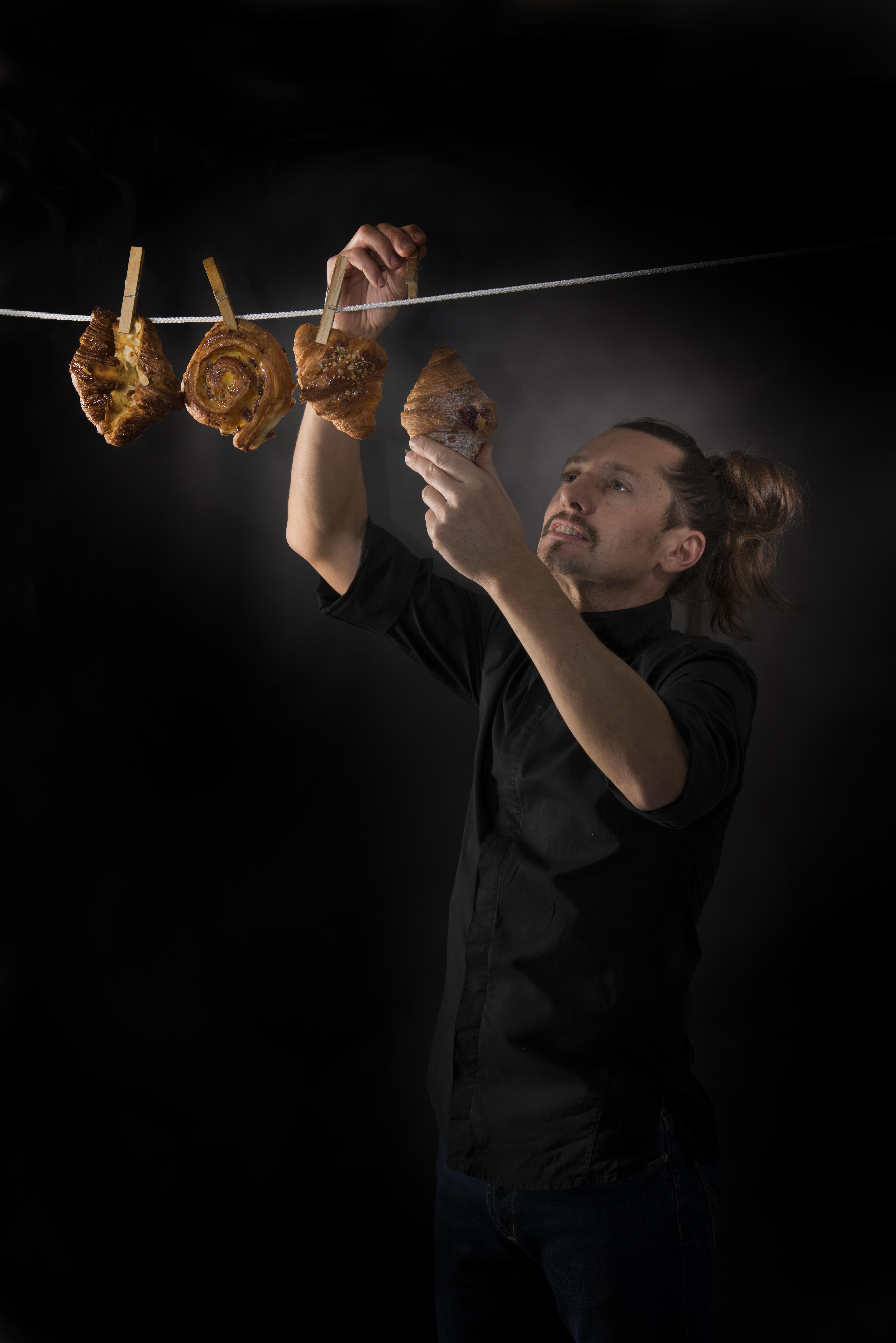 Michel Paquier stende i croissant