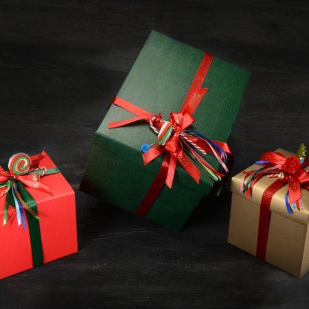 Pacchi regalo per Natale