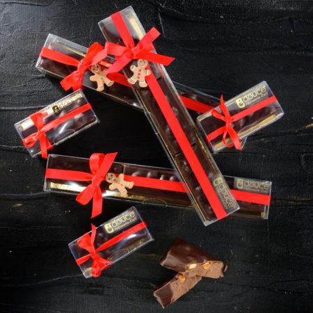 Torrone morbido di gianduja ricoperto di cioccolato fondente