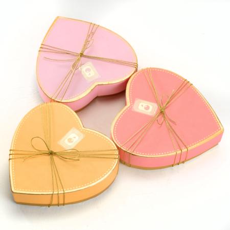 scatola a cuore cioccolatini